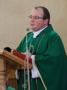 ks. Dominik Majchrowicz - wikariusz